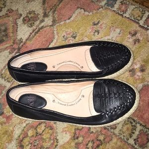 Natural leather lined Black flats made by Sofft
